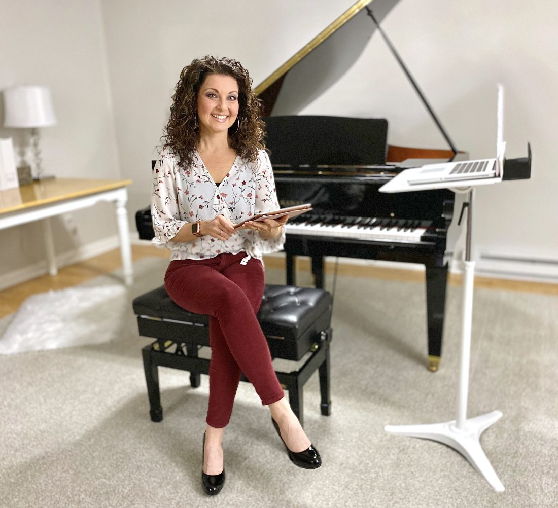 Online piano lessons with Melody Payne www.melodypayne.com
